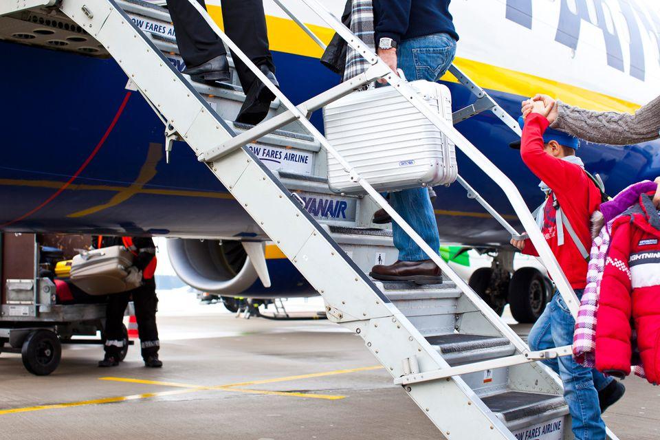 Tips To Avoid Baggage Fees On Ryanair