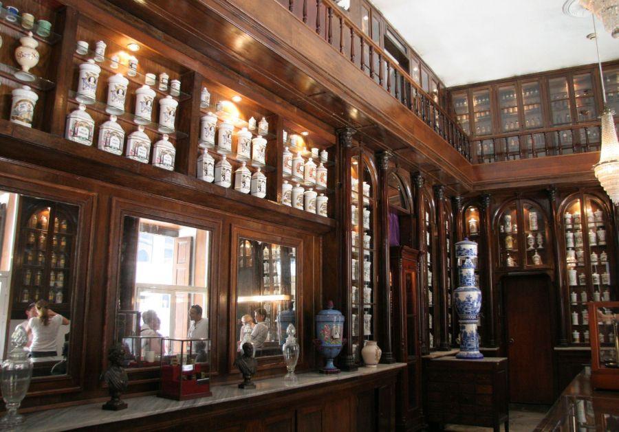 Apothecary museum, Cuba