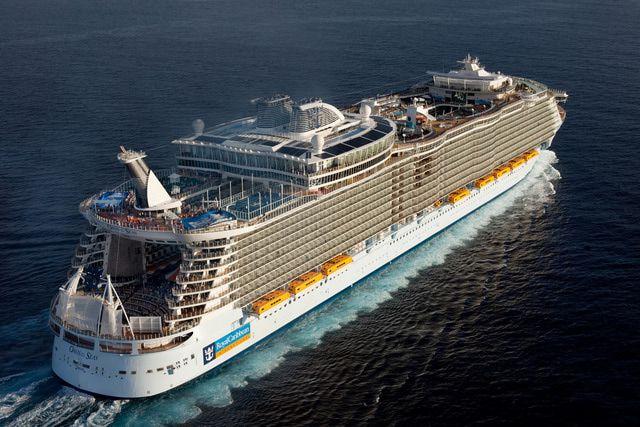 Oasis of the Seas - Royal Caribbean Oasis of the Seas