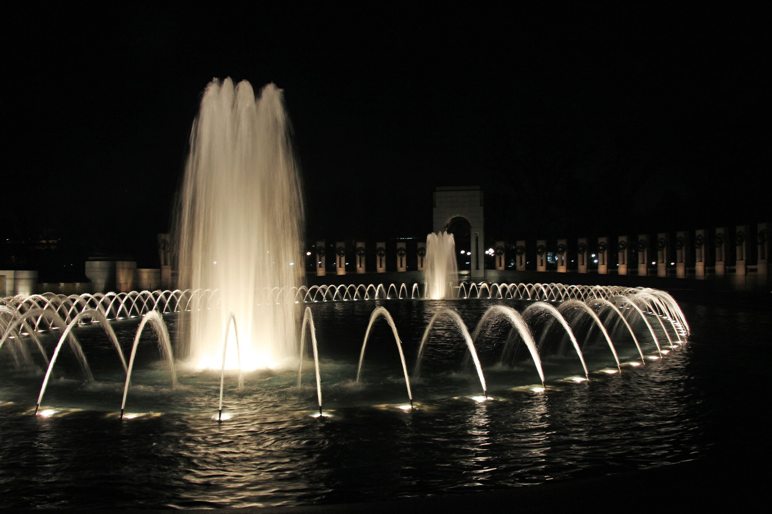 National World War II Memorial Photo Tour