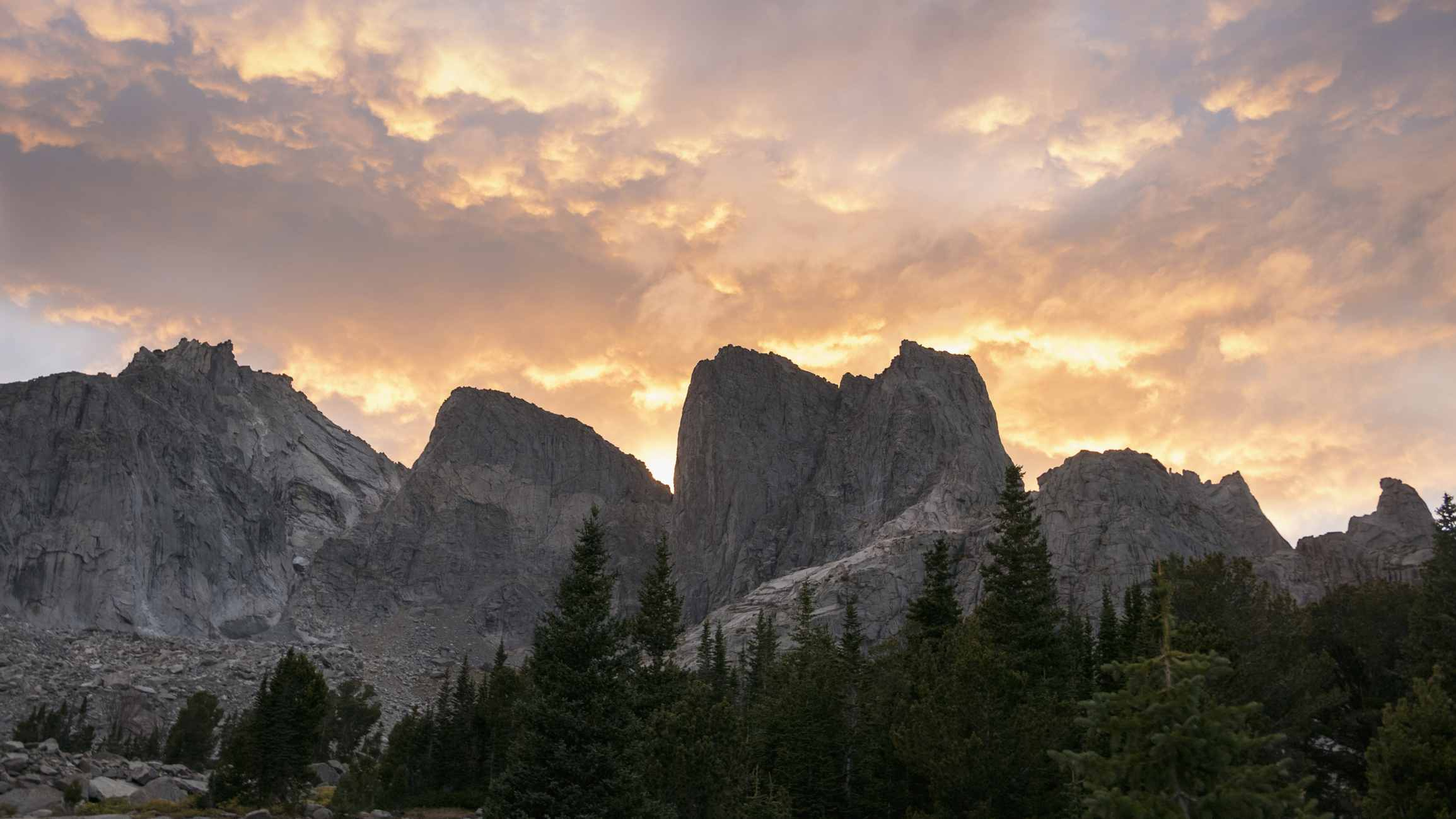 Wind River Mountains at sunset, Pinedale, Wyoming, United States