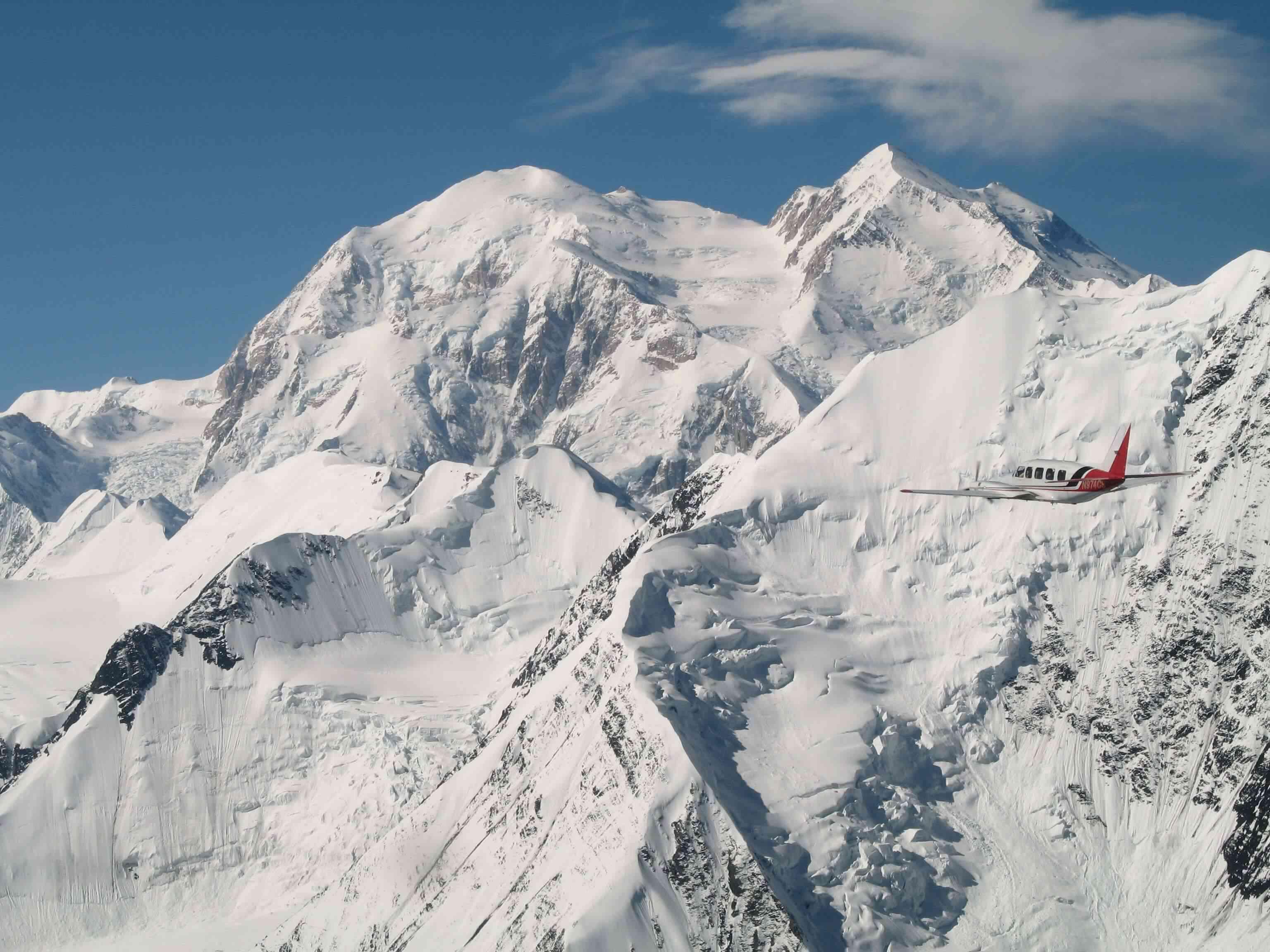 Chieftain-approaching-Denali, Denali Air