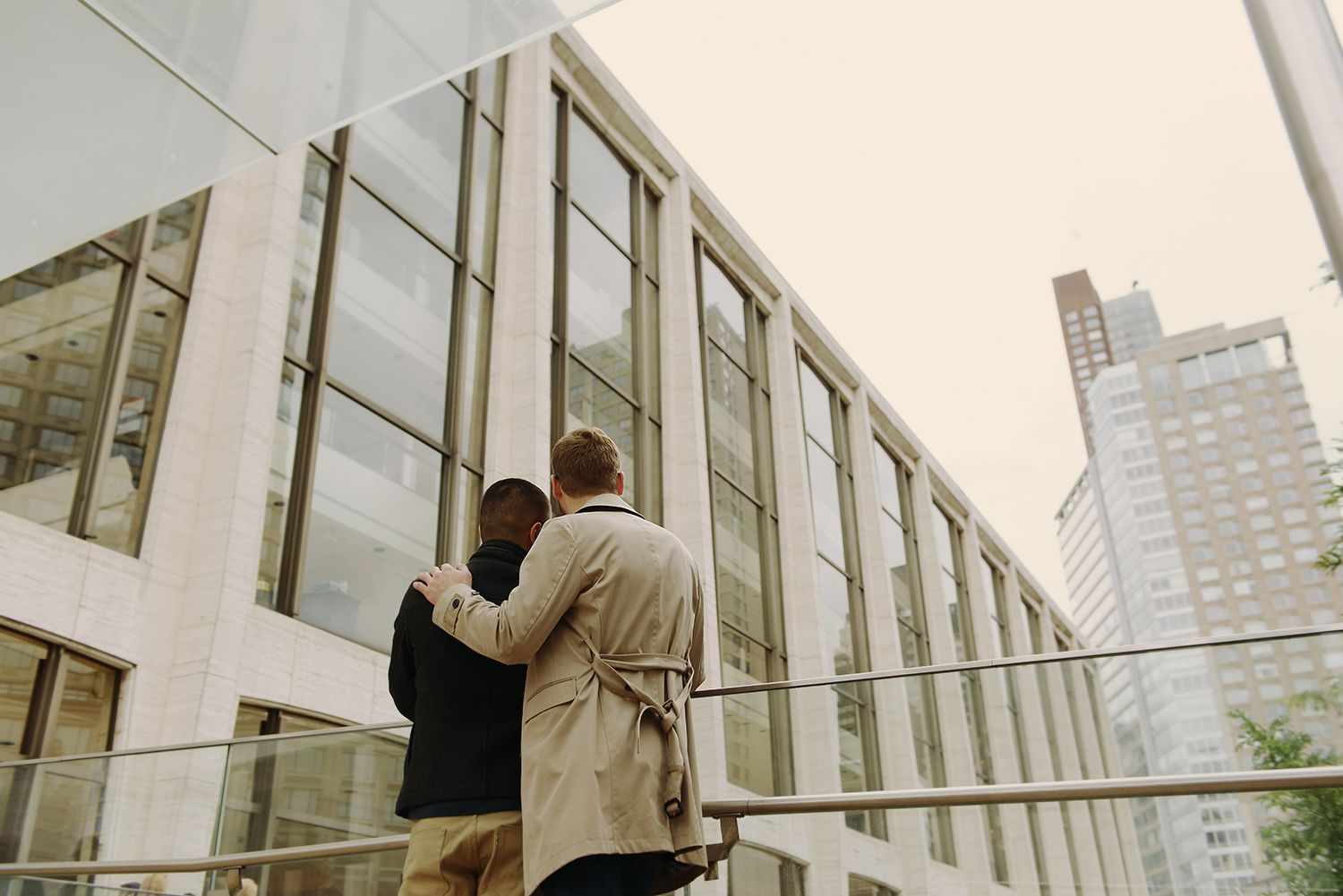 couple looking at lincoln center