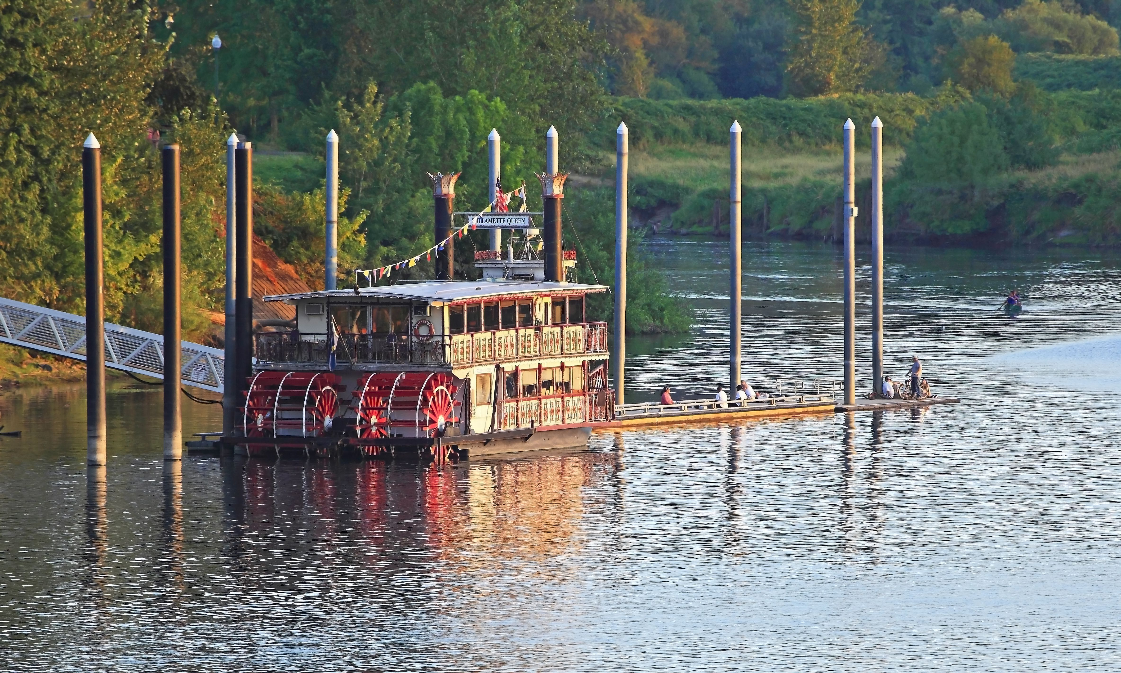 An old-fashioned steam riverboat on at the Salem Riverfront Park