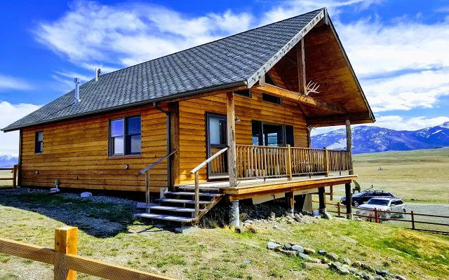 1-Bedroom Cabin With Fenced Yard Near Emigrant