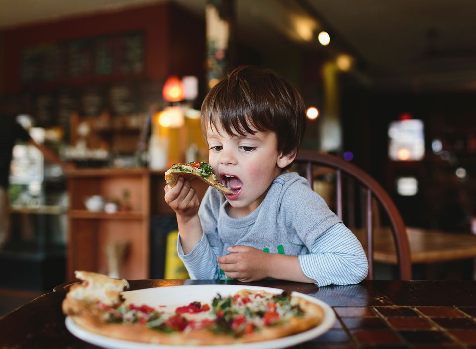 where can kids eat free on thursday