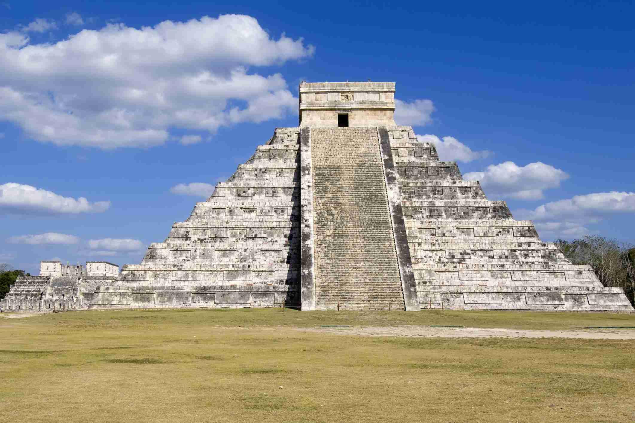 Pirámide escalonada de Kukulkan, El Castillo