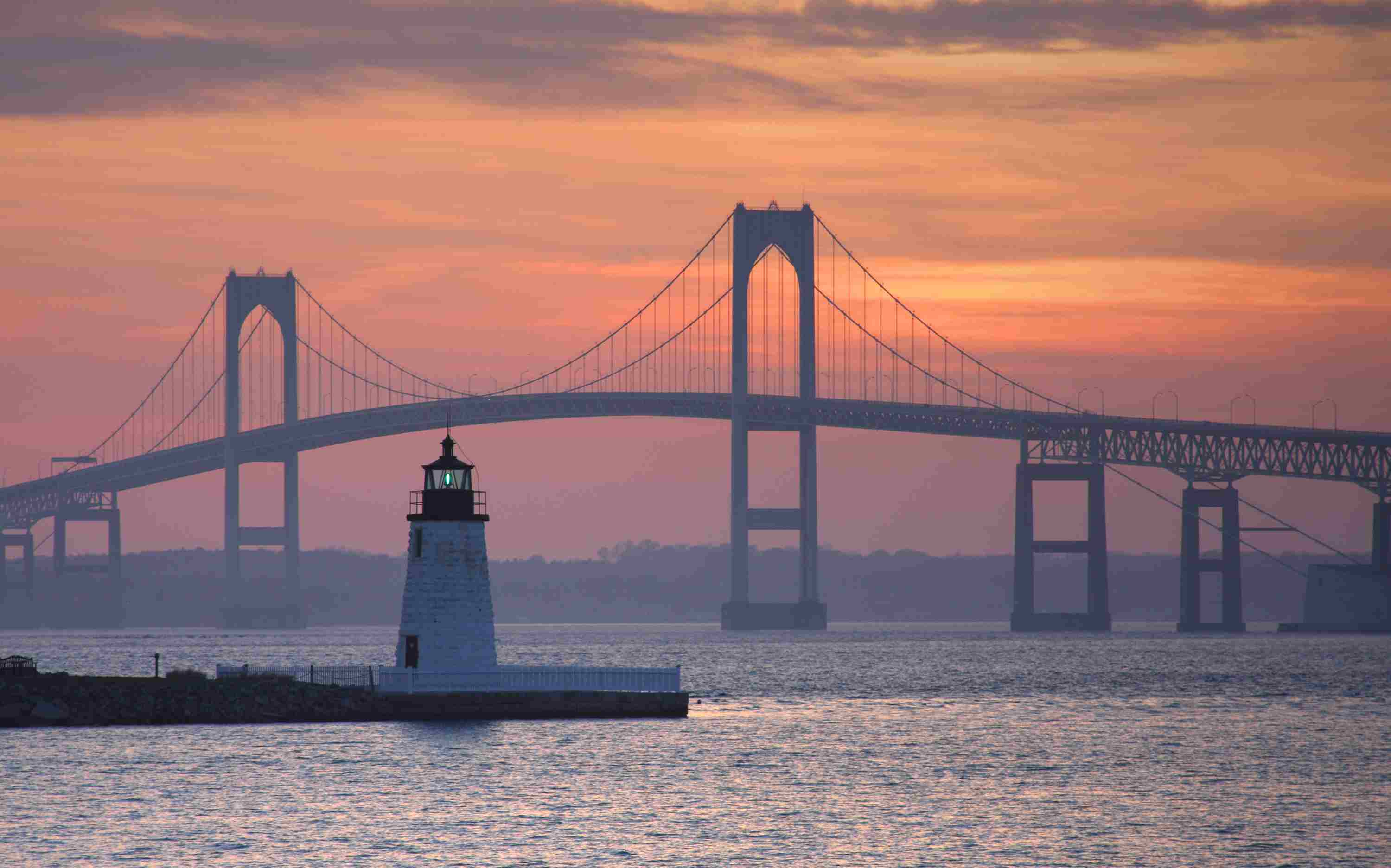 Goat Island Lighthouse in Newport