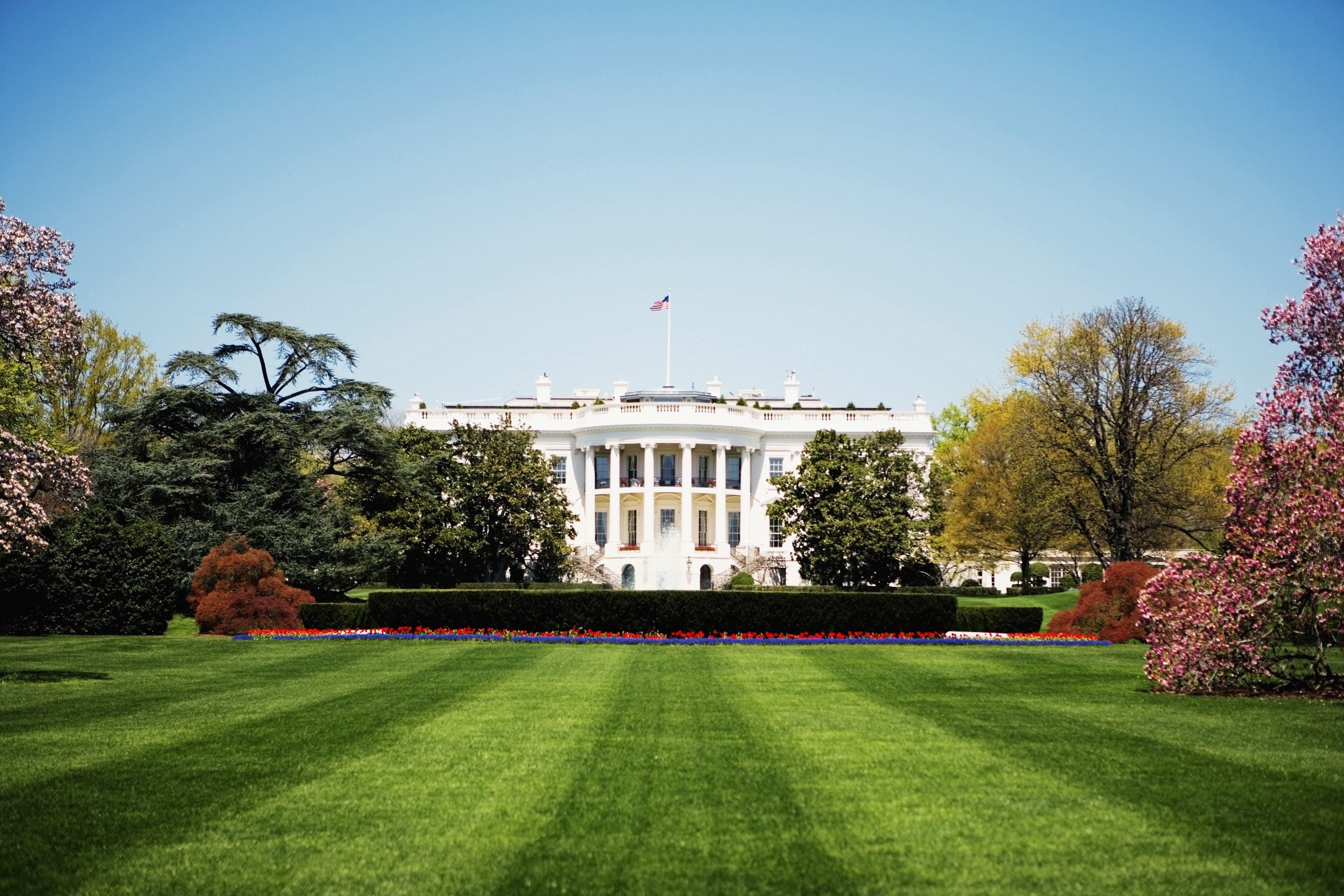 Low angle view of the White House, Washington DC, USA