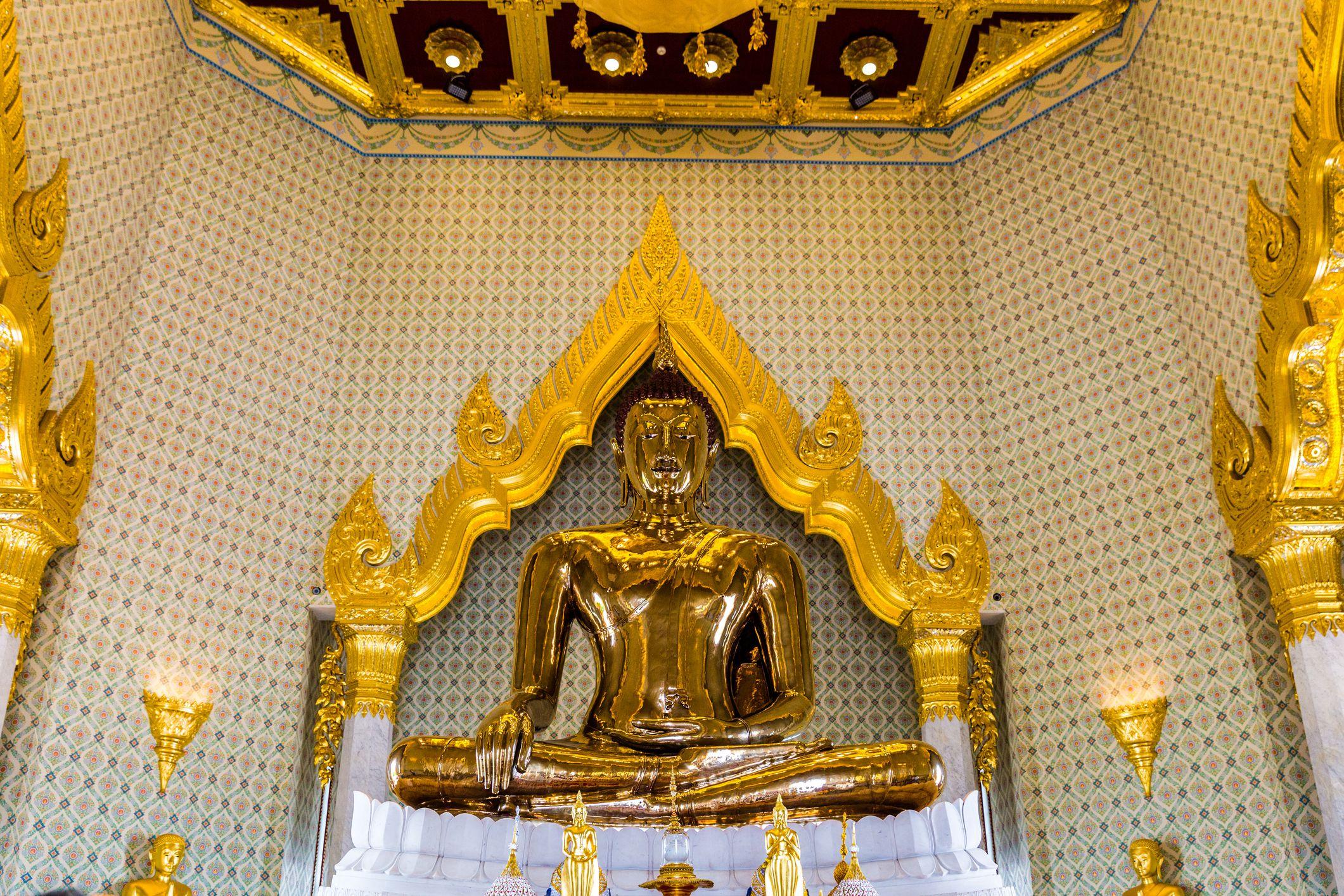 Golden Buddha Statue In Wat Traimit Temple