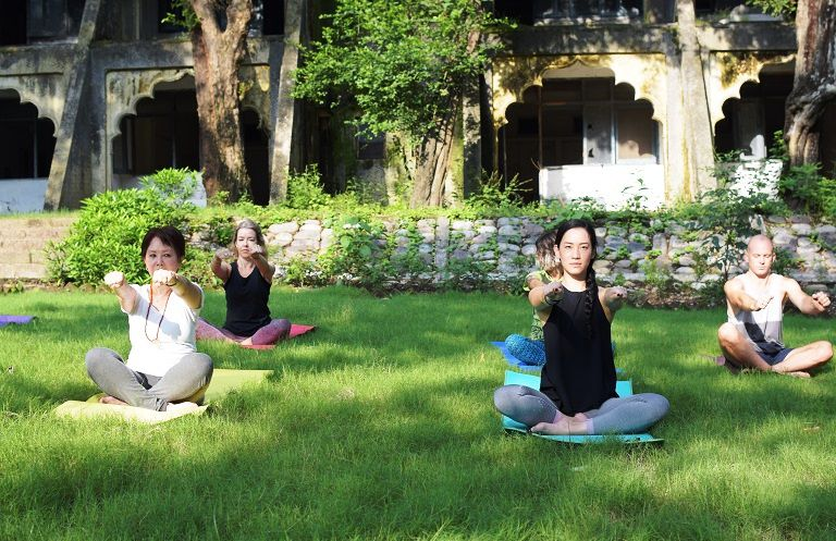 15 Top Rishikesh Ashrams For Yoga And Meditation