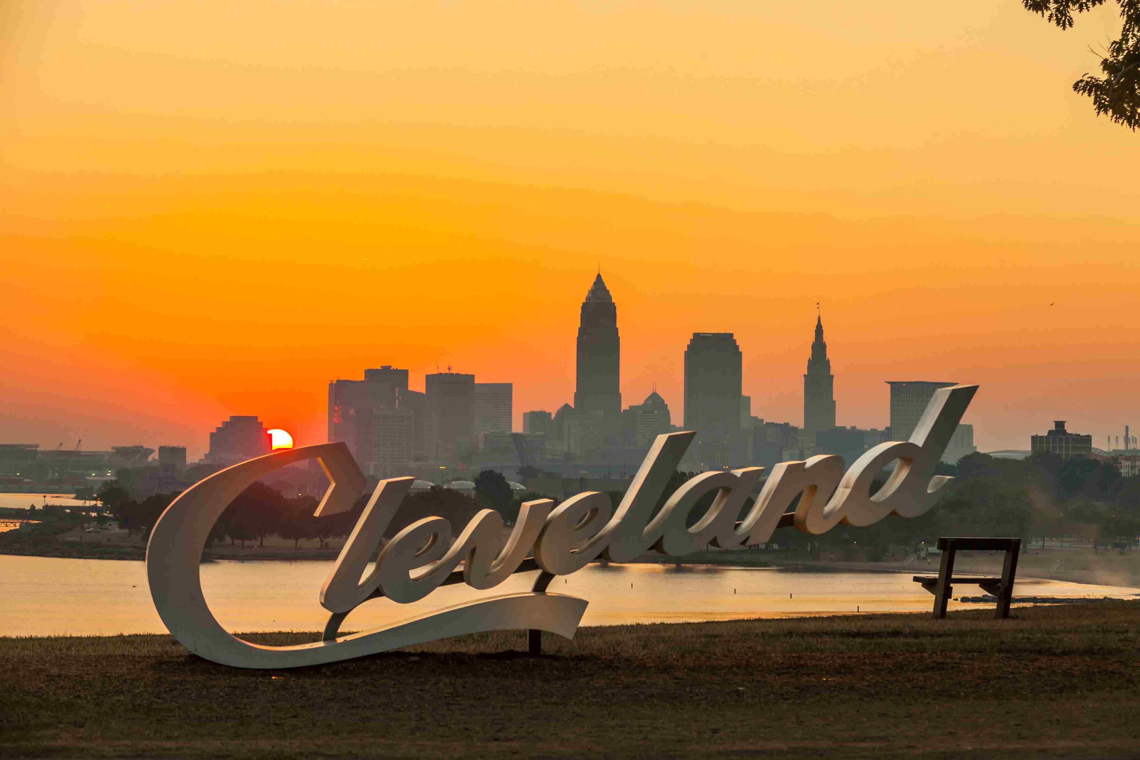 USA, Ohio, Cleveland skyline from Edgewater Park at sunrise