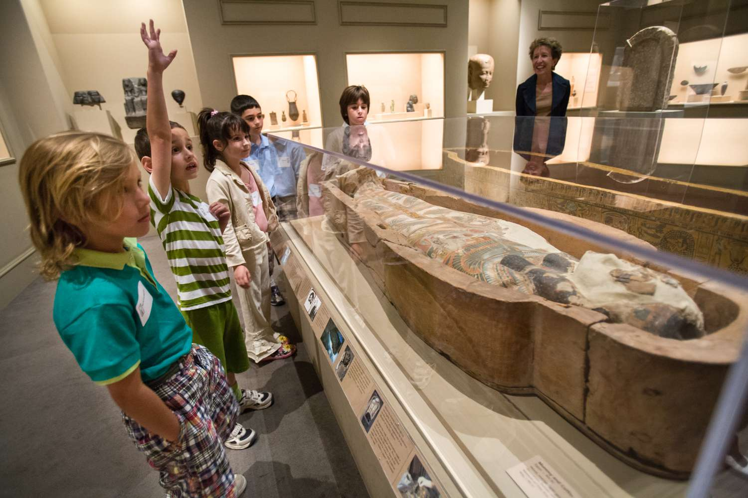 Kids on a tour of the Los Angeles County Museum of Art