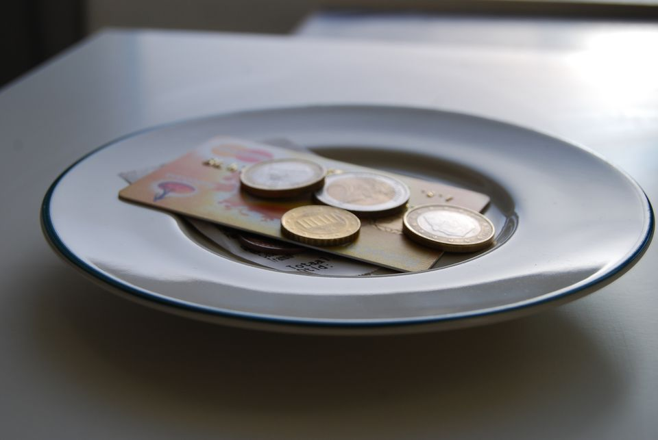 A Guide To Tipping In Hong Kong