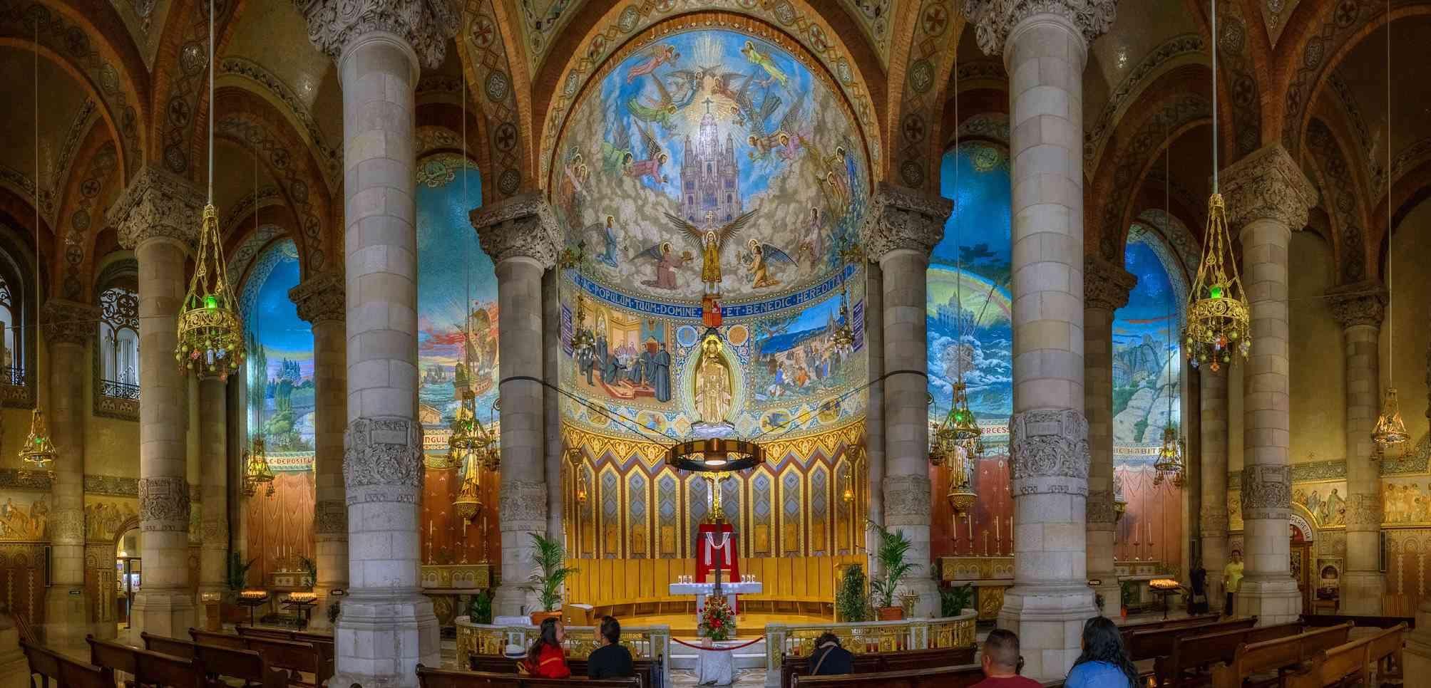 Templo del Sagrado Corazon de Jesus interior