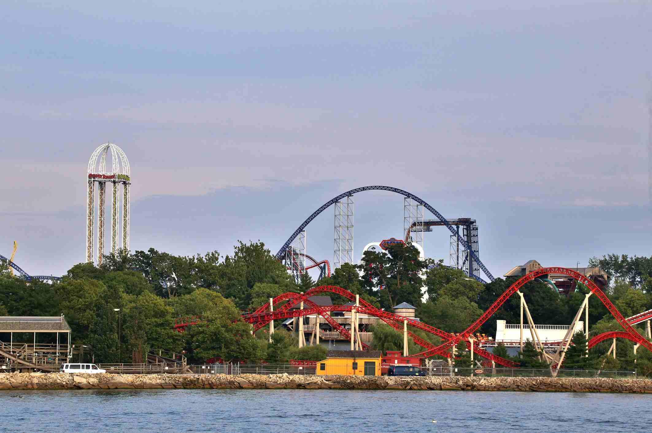 Complejo de parques de atracciones, Parque de atracciones Cedar Point, Sandusky, Ohio, EE. UU.