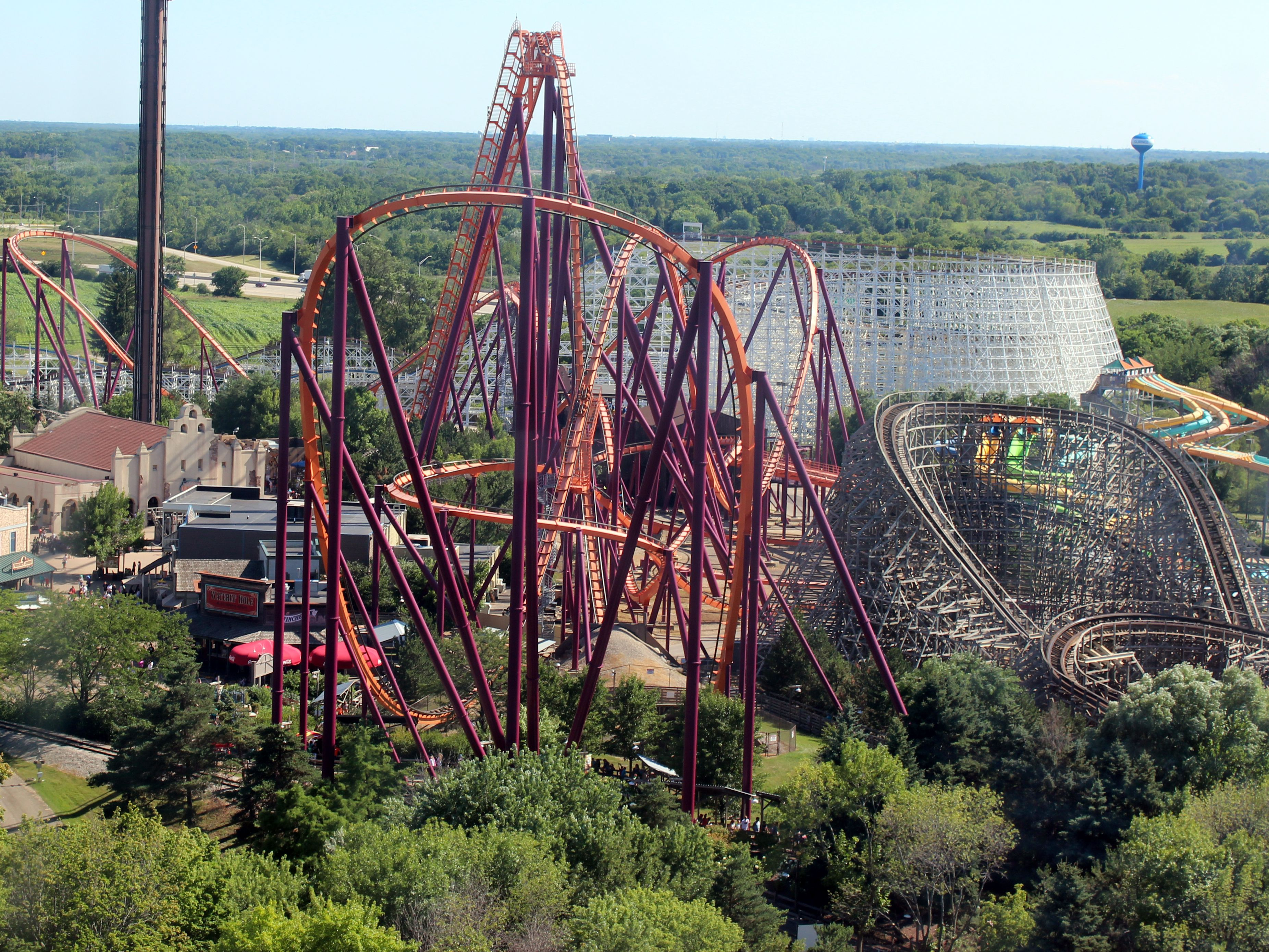 The 12 Best Rides At Six Flags Great America