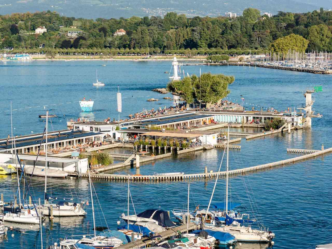 Aerial view of Bain des Paquis lake recreation center