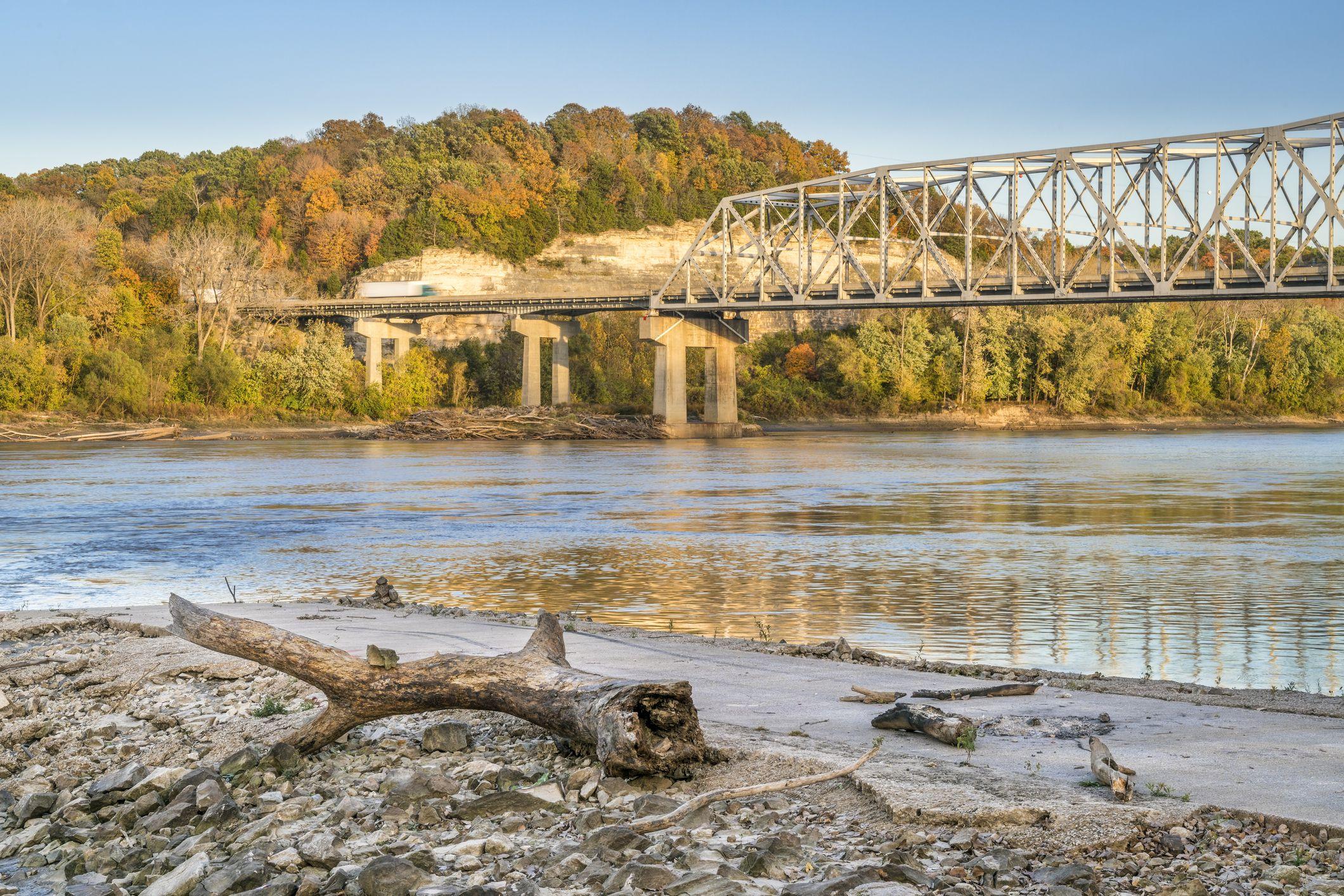 Missouri River at Taylor's Landing near Rocheport, MO