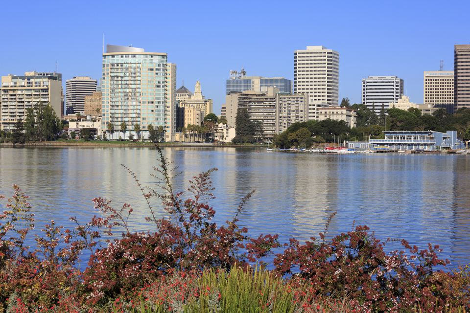 Oakland skyline and Lake Merritt, Oakland, California, United States of America, North America