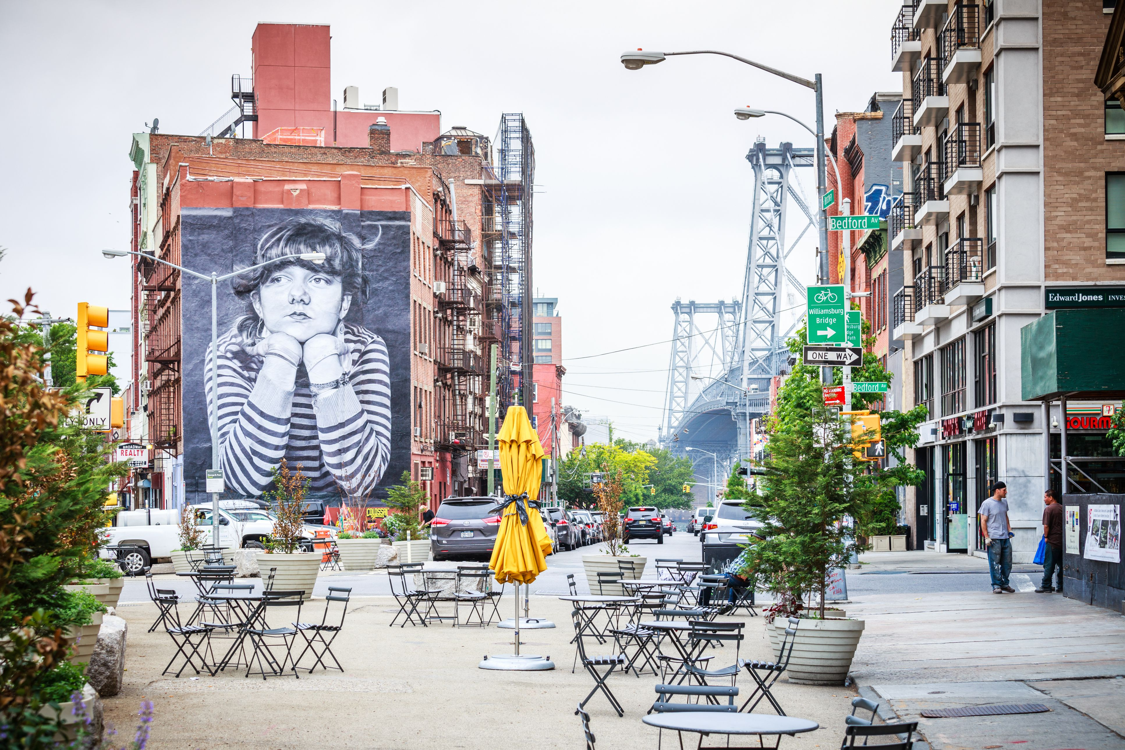 Williamsburg Visitors Guide: Things to Do and See