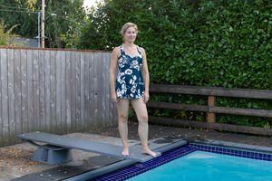 COCOPEAR Women's Elegant Crossover One-Piece Swimdress