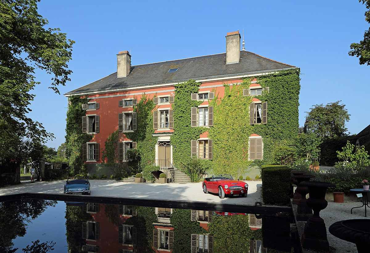 Chateau Courban and Spa in Burgundy