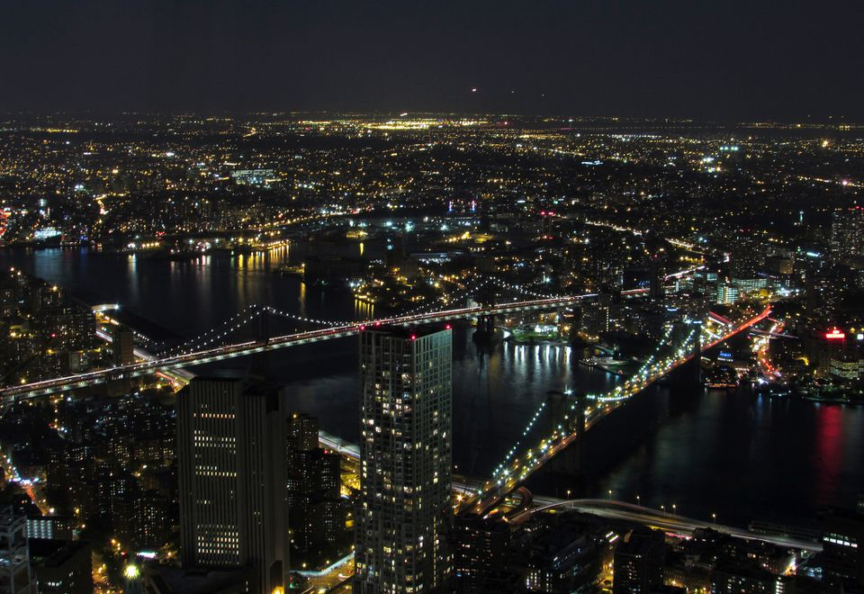 Elevated view of the Brooklyn Bridge and Manhattan Bridge leading to Brooklyn