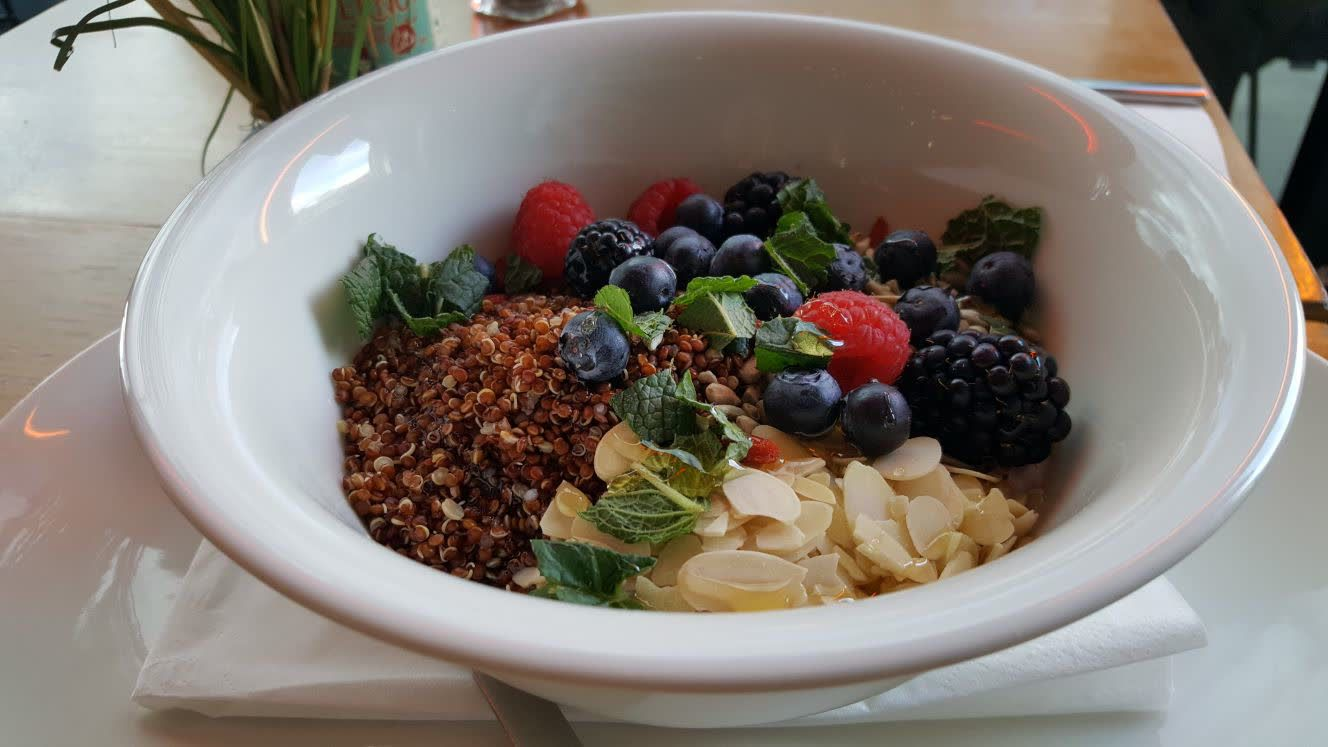 breakfast bowl with Quinoa