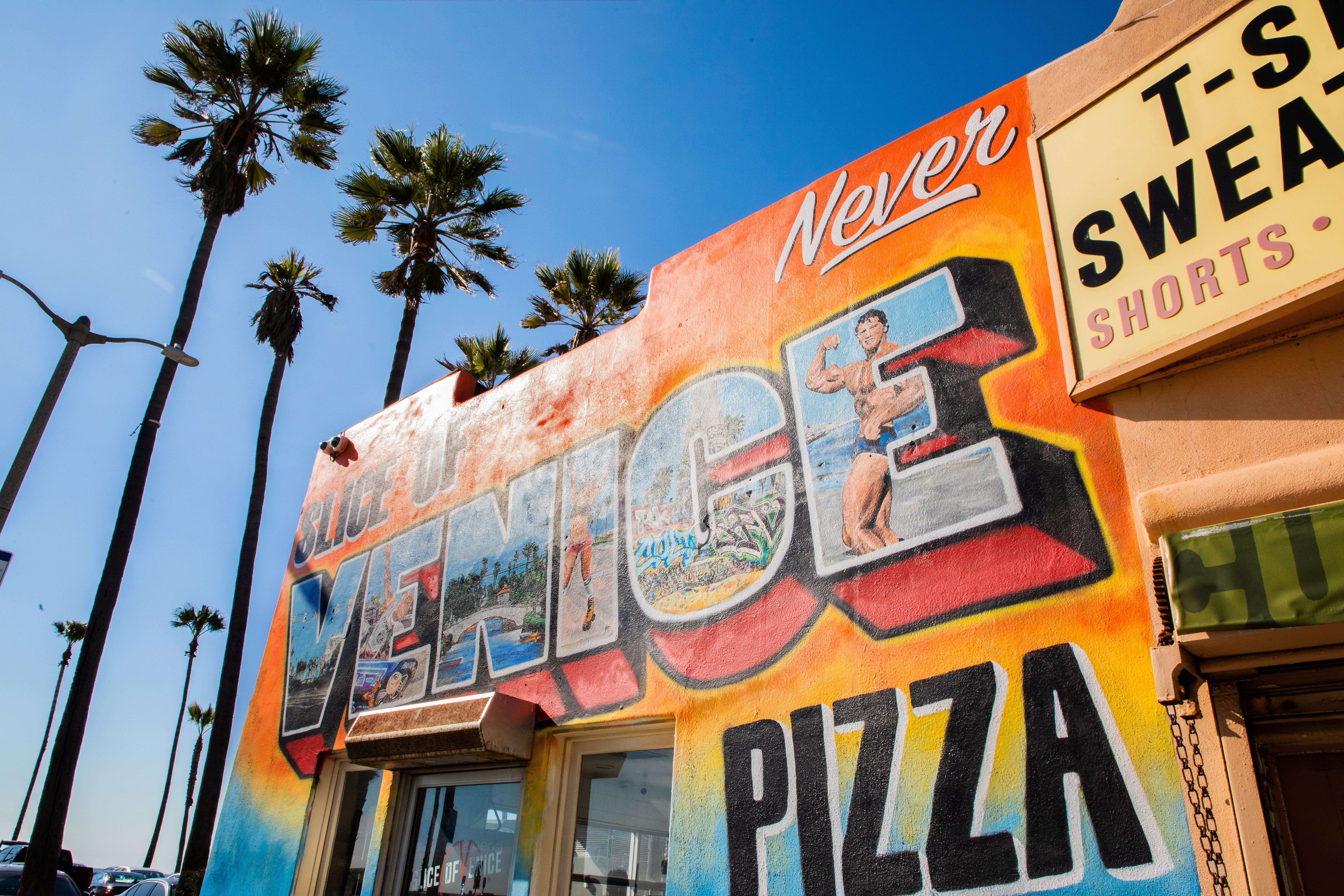 Mural for a pizza shop in Venice