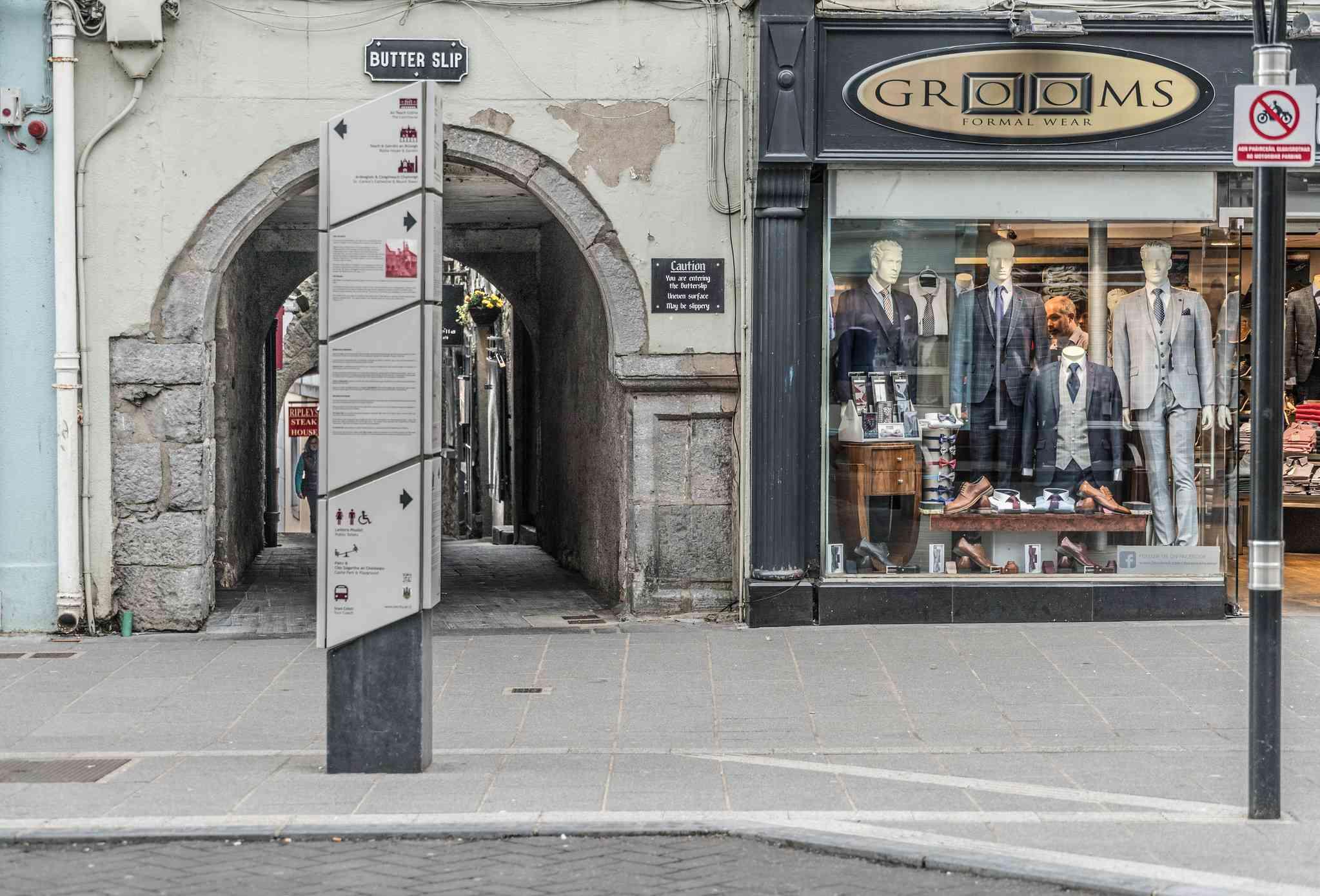 street scene in kilkenny