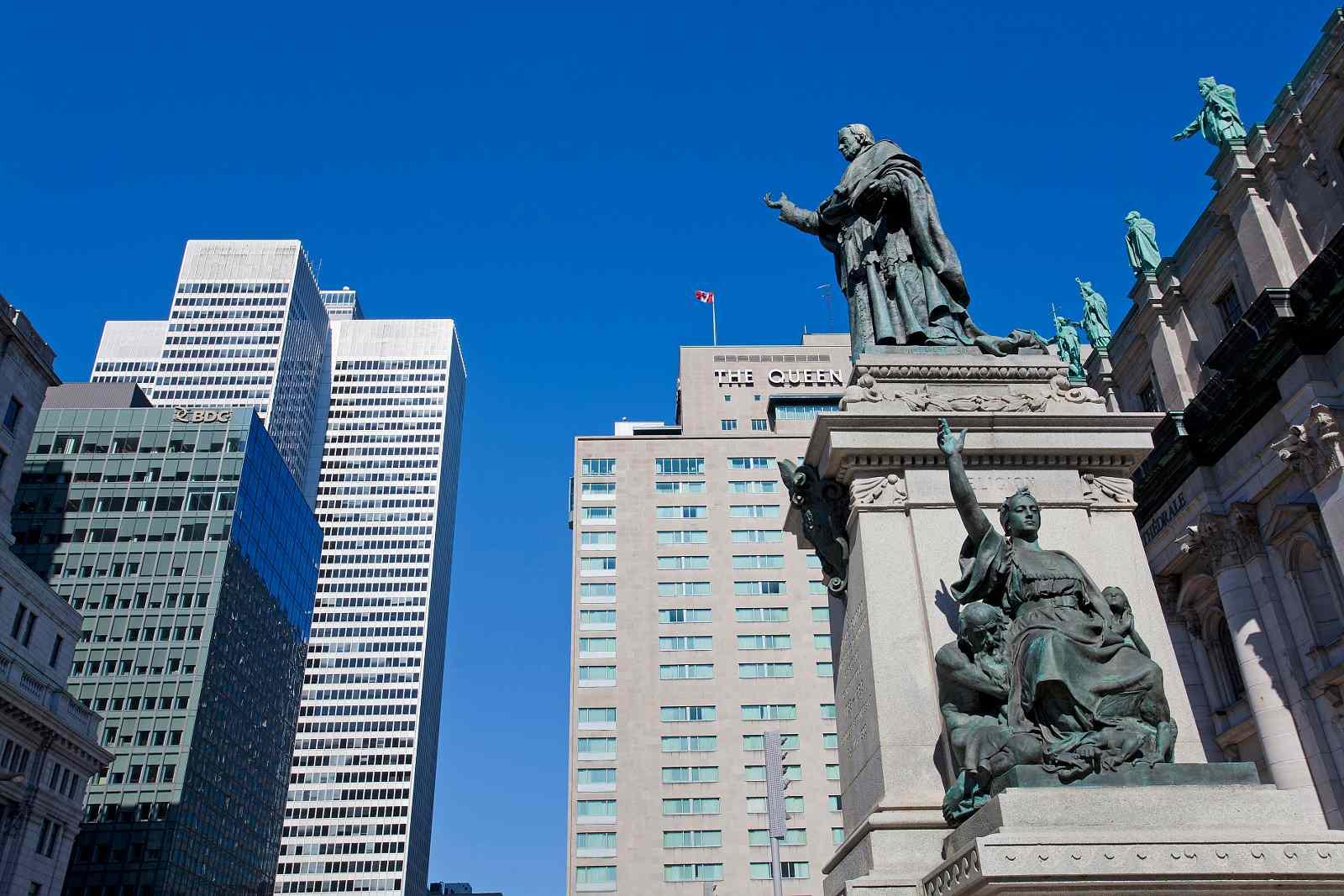 Los destinos de té alto de Montreal incluyen Fairmount Queen Elizabeth