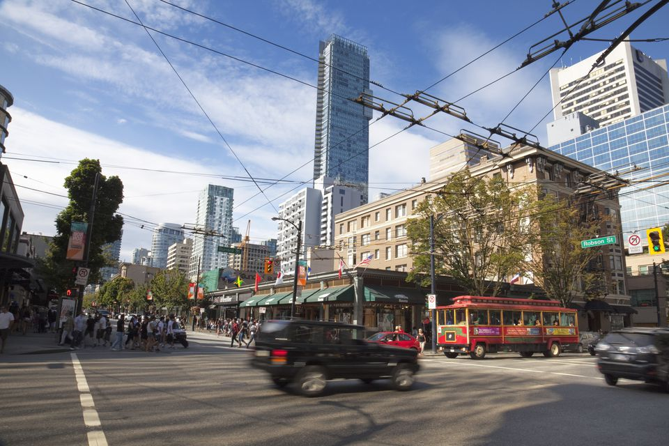 Street scene, Robson Street, Downtown, Vancouver, British Columbia, Canada, North America