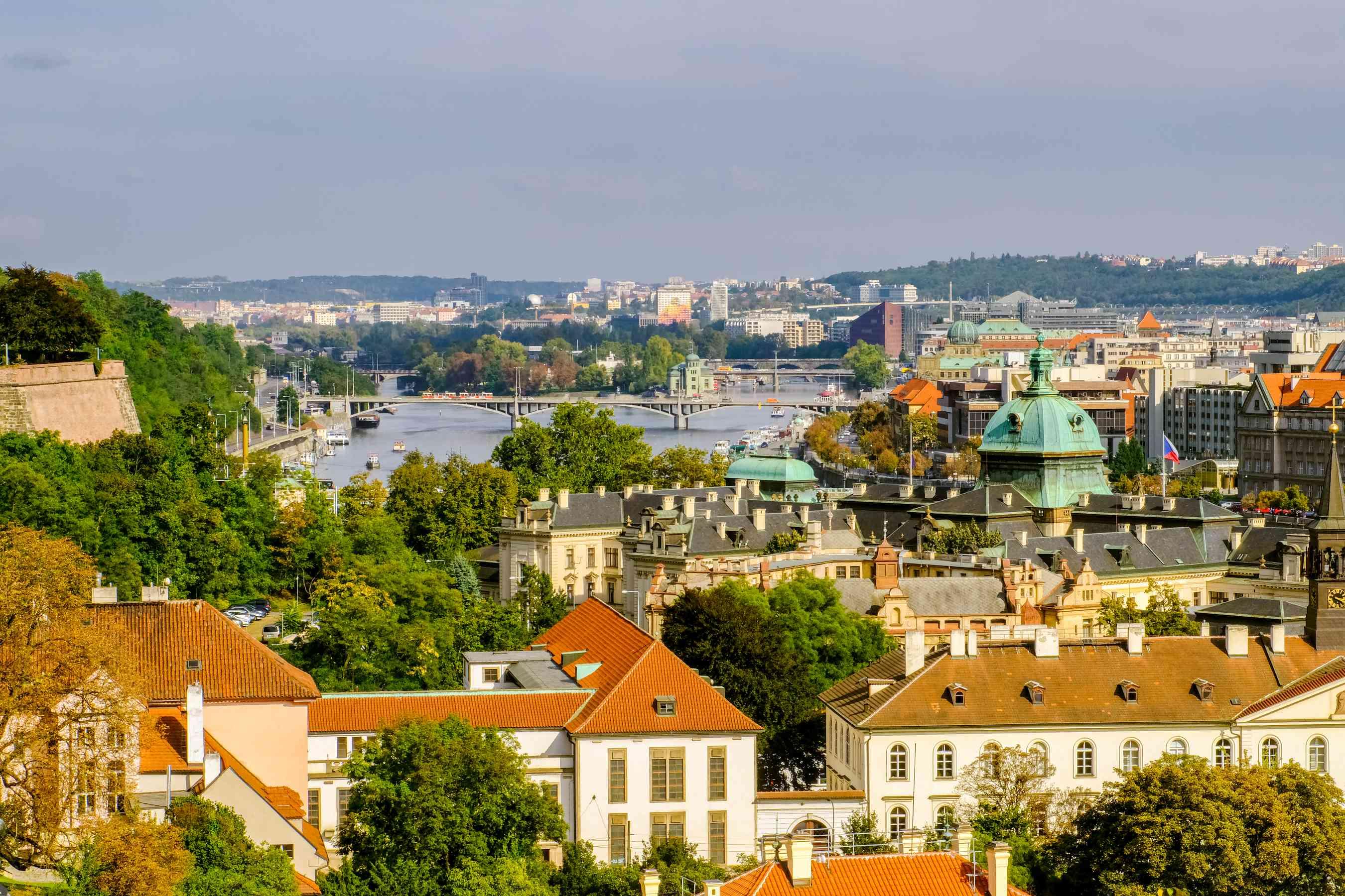 Vista de Praga y el río