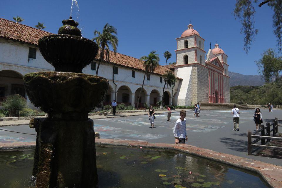 Antigua misión española en Santa Bárbara