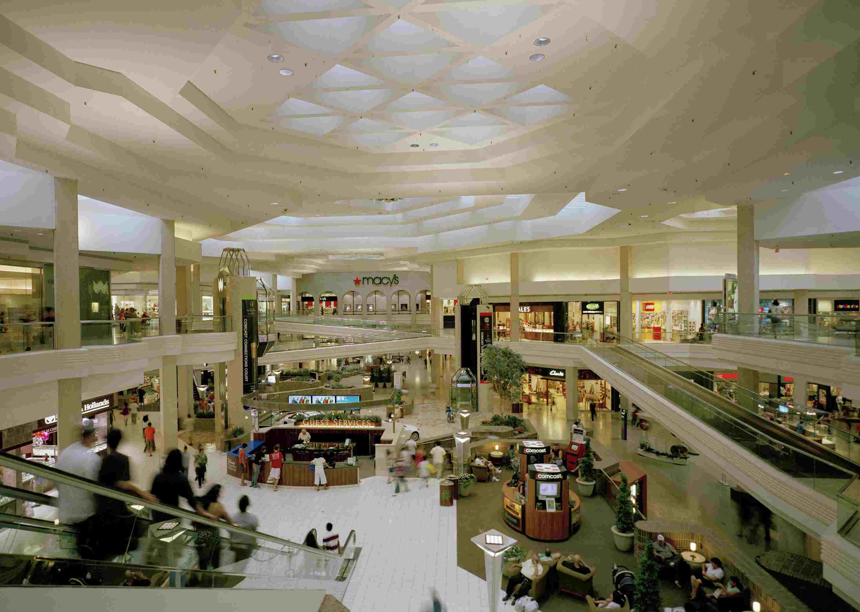 eef7a545bc 5 Quick Tips To Know Before You Go  Woodfield Mall