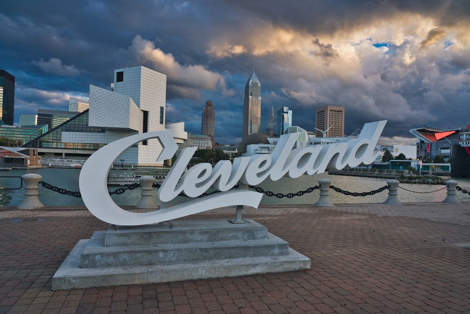 Photo of the city of Cleveland at the sunset time