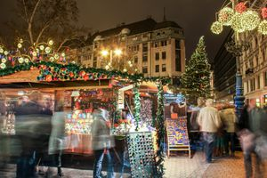Busy Christmas market at the Vorosmarty Square in Budapest, Hungary